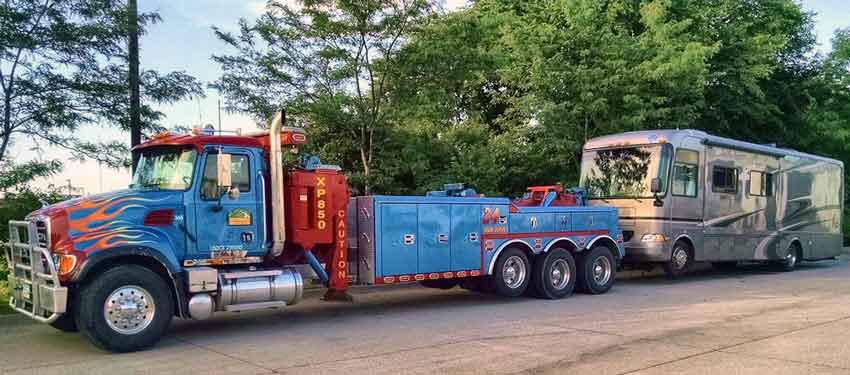 Heavy Duty Towing Central IA | 515-232-6670 | Ames, Story ...